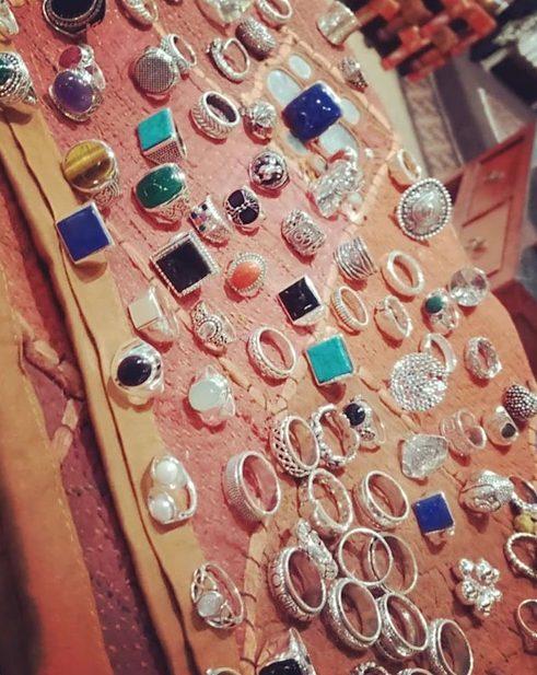 anelli in argento e pietre